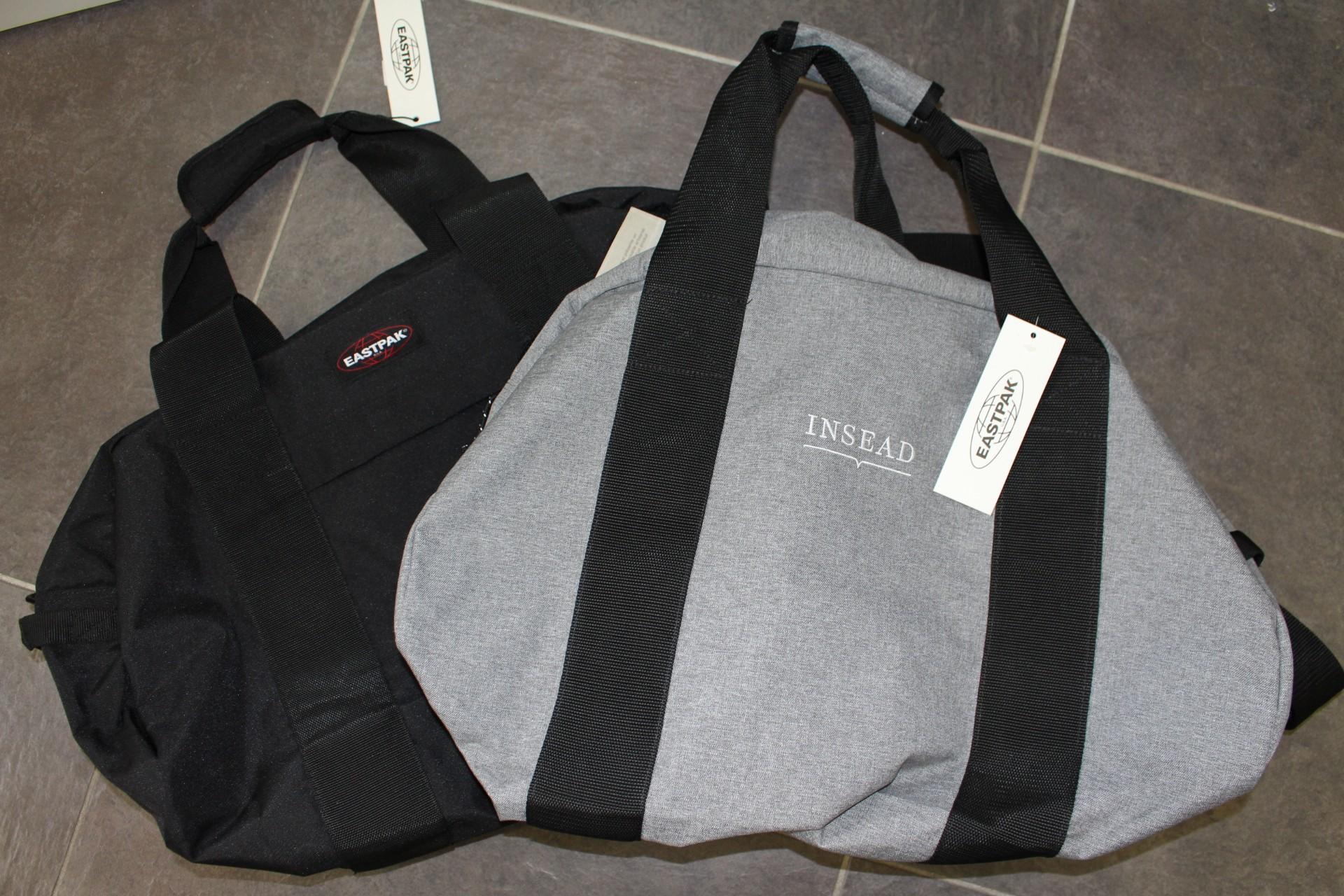 EASTPACK Stand bag